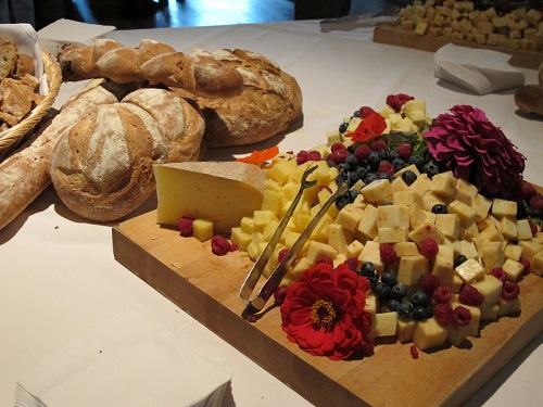 eat retreat Bread Cheese Platter