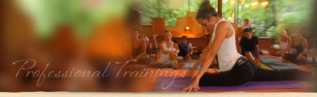 Pavones-Yoga-Center-Training